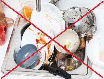 洗い場が食器で溜まる